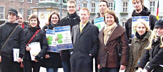 Unterschriftensammler von Mehr Demokratie in Düsseldorf